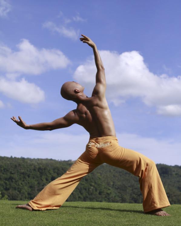 Samson Cabantac, Balletlehrer, Heroic pose